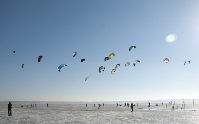 How long does it take to learn to kitesurf?