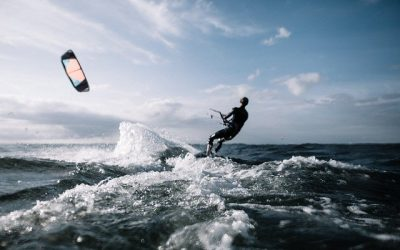 How much does it cost to start kitesurfing?