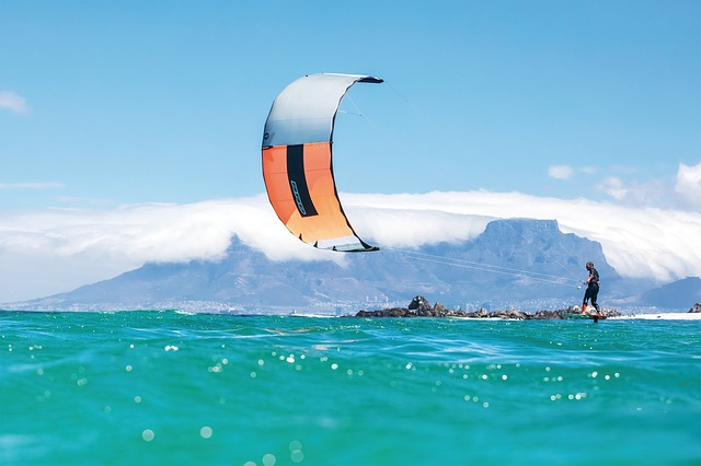 What does it feel like to kitesurf?